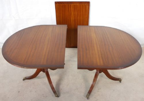 Antique Regency Style Mahogany Extending Dining Table to Seat Ten